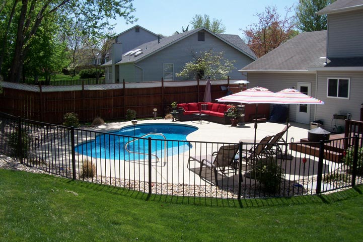 Pool-Fence-and-Landscape